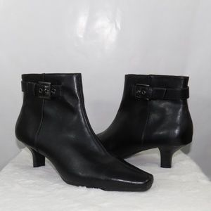 Aerosoles Zip Up Ankle Booties with Buckle SH03
